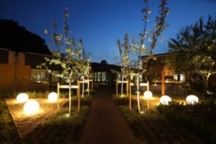 globe Lights - illuminating Gardens, Garden Lighting Installation Gallery