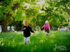 Dunedin, Botanic Gardens, Running in grass