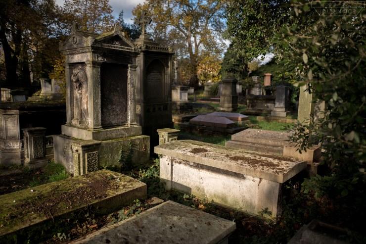 Back's tomb.
