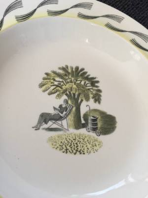 Eric Ravilious, Wedgwood bowl, Garden Series, Resting in the Shade