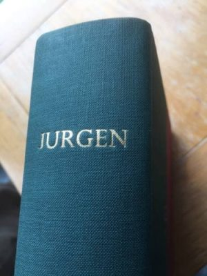 Jurgen, illustrated by John Buckland-Wright