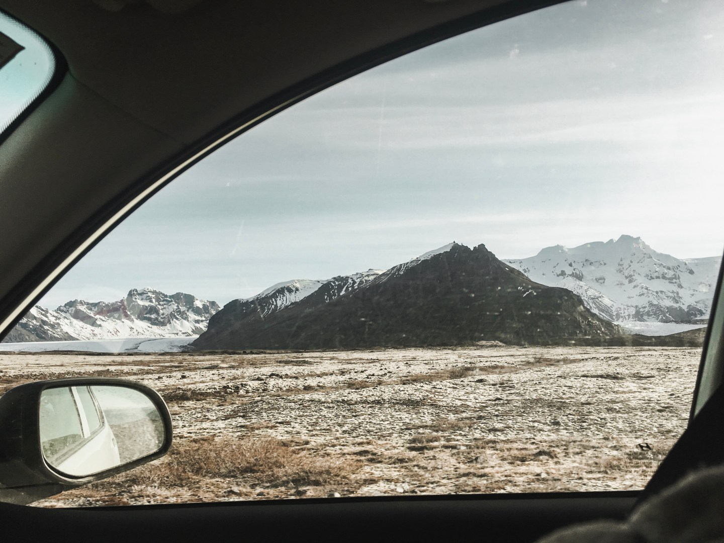 Illustrated by Sade - View from the car window while driving through Iceland.