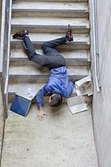 caduta-dalle-scale