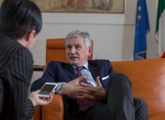 Pietro Benassi ai Servizi segreti. Il nostro ricordo dell'Ambasciatore a Berlino