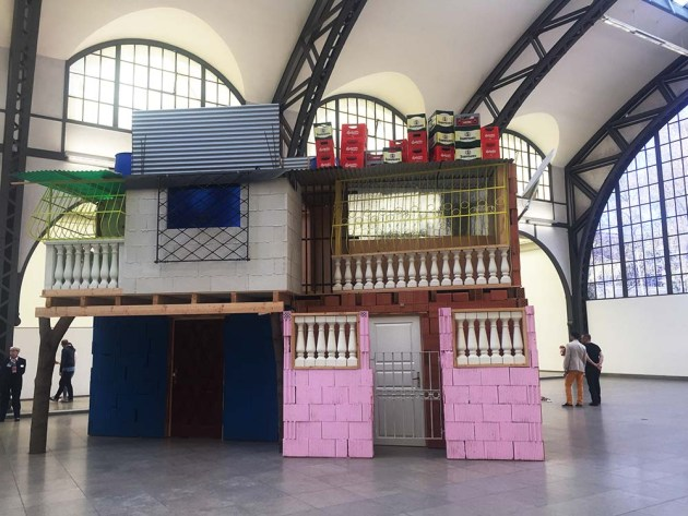 Marietica Potrc, Caracas- growing houses hamburger bahnhof