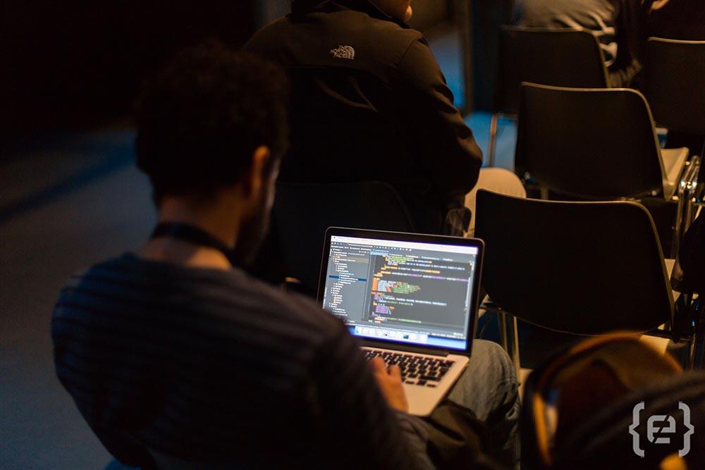 sito di incontri di Software Engineer David dating allenatore