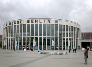 Berlino, lunedì parte il terzo centro di vaccinazione. Si userà il vaccino Moderna