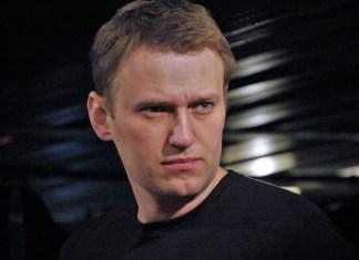 Alexei Navalny lascia Berlino. Arrestato all'arrivo a Mosca