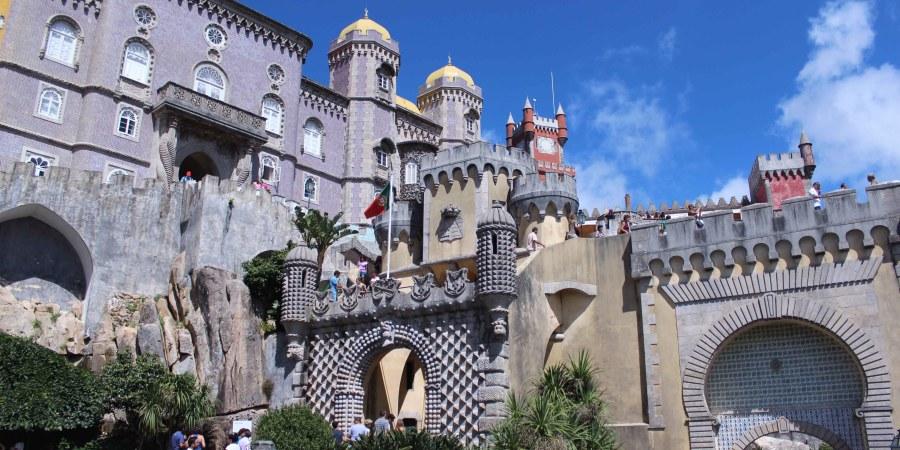 castello collina sintra portogallo