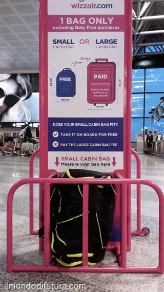 misure bagaglio volo wizzair