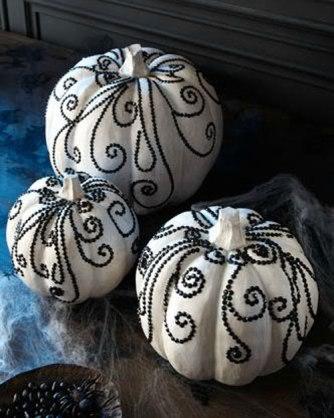 BlackWhiteRhinestonePumpkins
