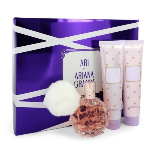 Ari by Ariana Grande - Gjafasett - 3.4 oz Eau De Parfum Spray + 3.4 oz Body Lotion + 3.4 oz  Shower Gel f. dömur