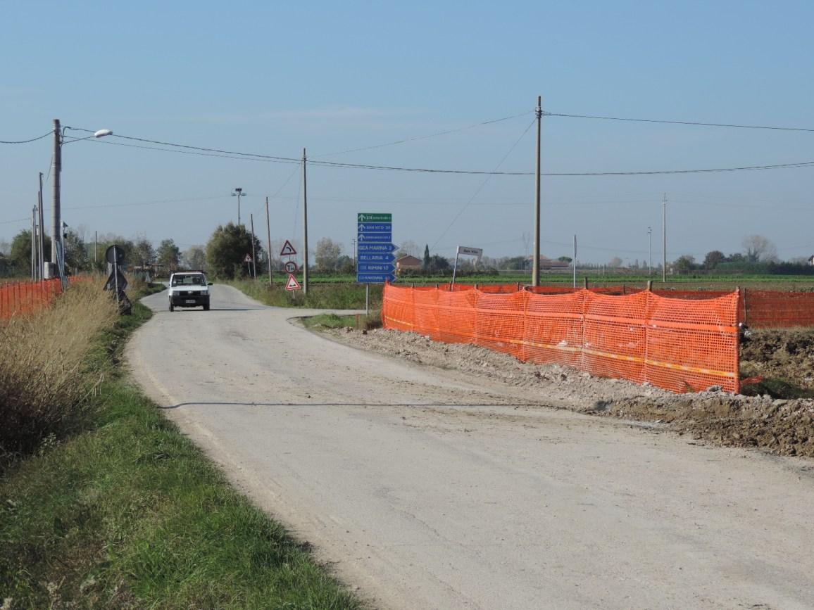 Oltre alla rotonda verrà costruita una pista ciclabile che si unirà alla ciclabile già presente sul fiume Uso.