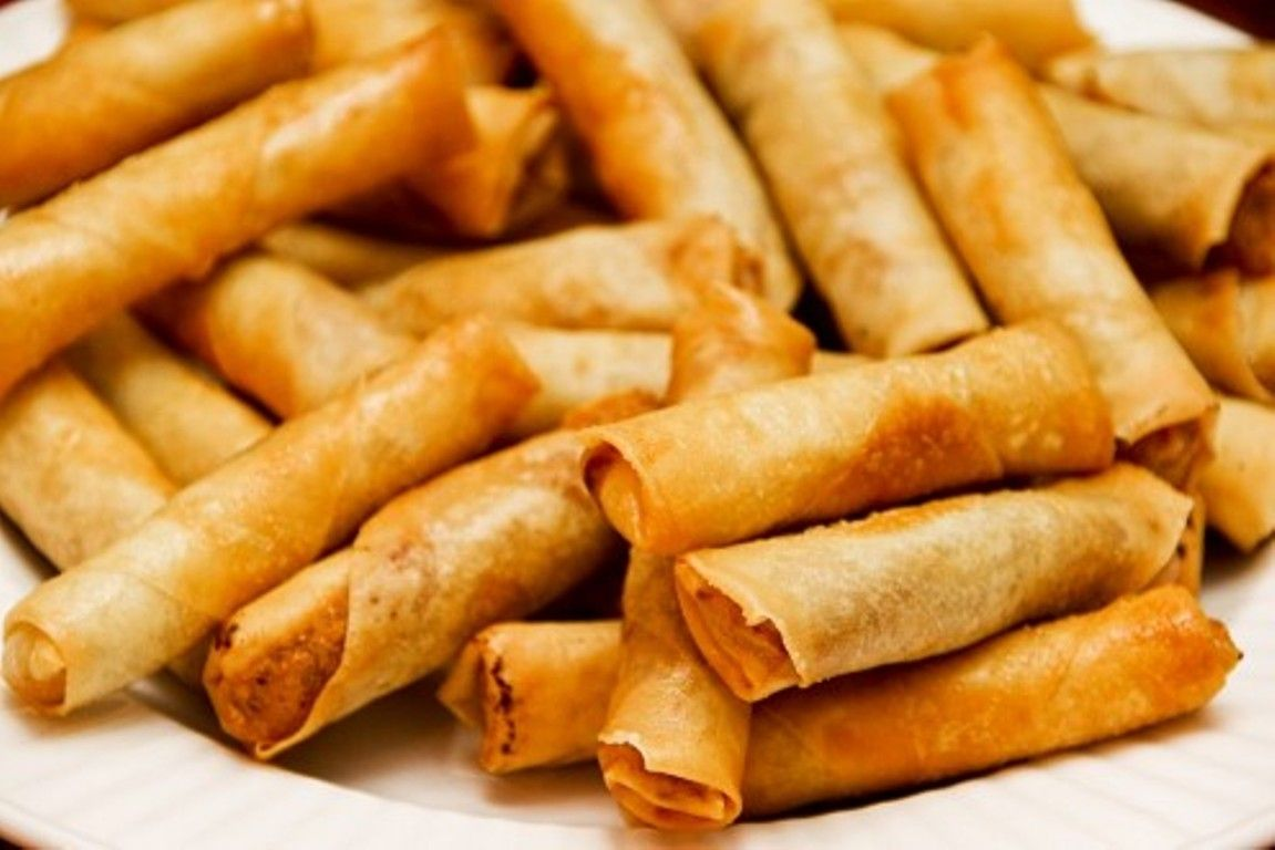 lumpia-piled-streetfood