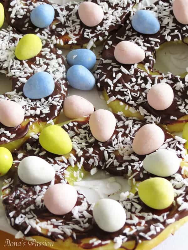 Chocolate Pineapple Easter Nests by ilonaspassion.com