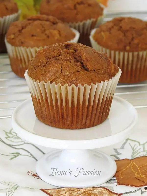 Cinnamon-Pumpkin-Apple-Muffins