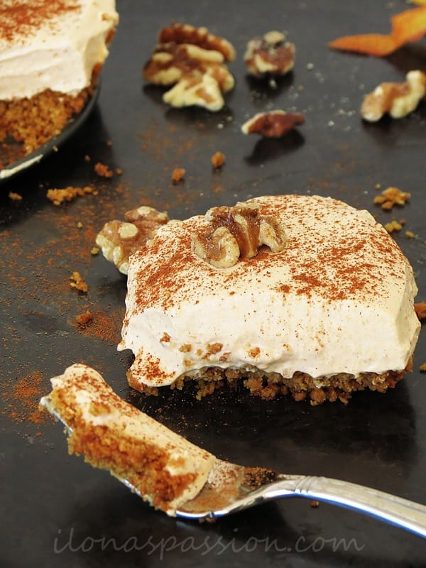 Pumpkin Yogurt Pie by ilonaspassion.com I @ilonaspassion