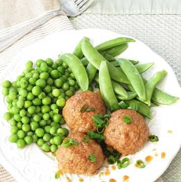 Healthy Turkey Meatballs with hidden veggie by ilonaspassion.com