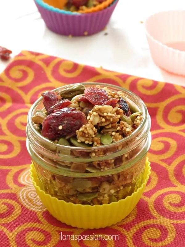 Healthy Pistachio Quinoa and Cranberry Granola by ilonaspassion.com