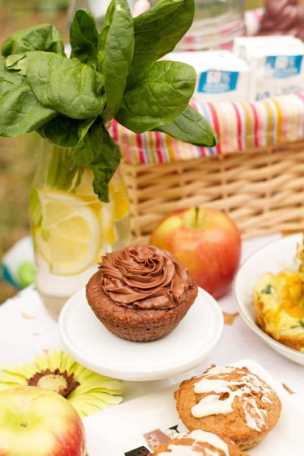 Cold picnic food recipes for brownie cupcakes, egg muffins,and gluten free muffins.