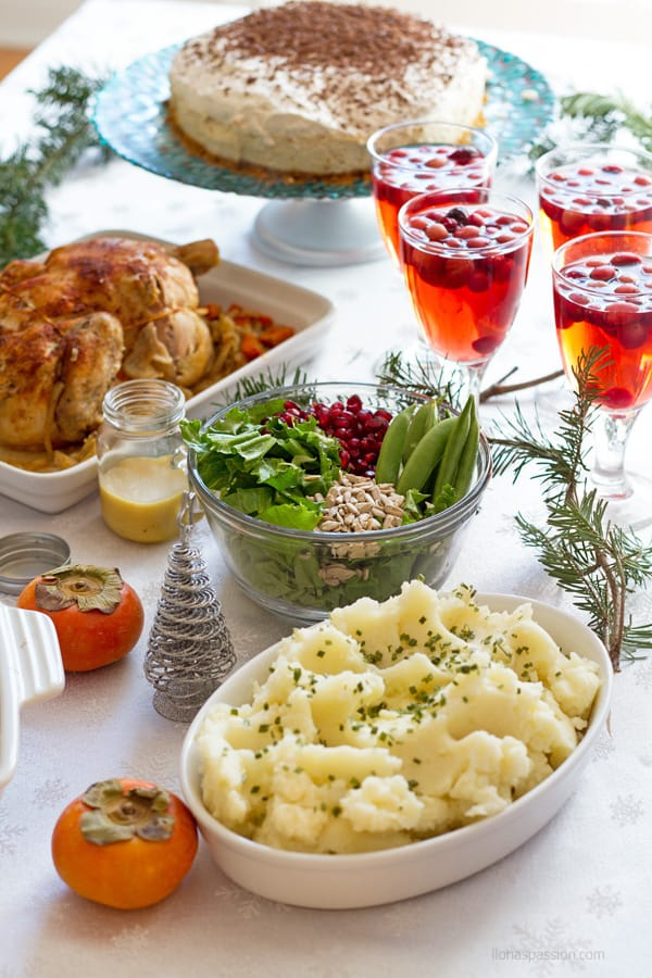 Christmas dinner menu with potatoes and chicken.