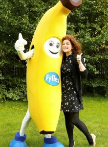 Fyffes Emma Hunt-Duffy with Freddy Fyffes – winner of the Best Baby and Toddler Snack section at the 2017 National Parenting Product Awards.