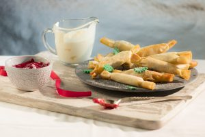 Mini Christmas Cranberry Crackers by McKinney's & Catherine Fulvio, Siucra, Catherine Fulvio, Christmas recipes, I love cooking ireland