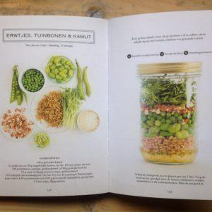 Boek recensie Salad in a jaar van Anna helm Baxter 68 meeneem salades voor onderweg. Salades to go!