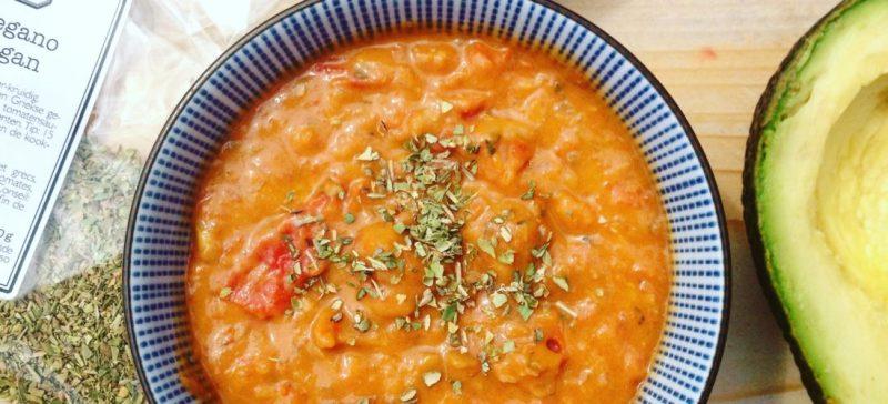 Zelfgemaakte detox pastasaus. Passend in een detox kuur onder en zo makkelijk klaar te maken!