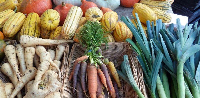 Detox seizoensgroenten van de maand december. Goedkoop, vol van smaak en regionaal verkrijgbaar voor heerlijke detox recepten.