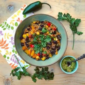 Veganistisch hoofdgerecht voor in je detox kuur: Mexicaanse quinoa stoof met eigengemaakte guacamole