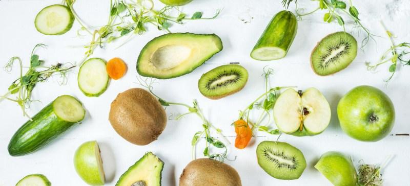 Zuur base evenwicht door ontzuring, evenwichtige voeding en een detox kuur. Hoe ontzuur je je lichaam? Door evenwichtige detox voeding en ontgifting.
