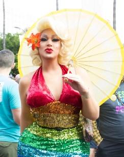 Rainbow beauty -LA Resist March 2017