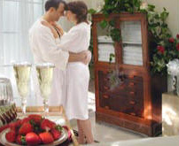 Spa Couple candle moved -stroke 220