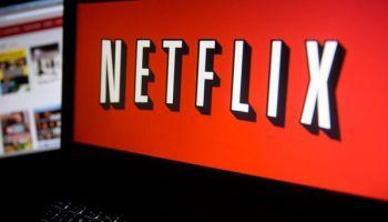 """Netflix oferecendo um ano grátis? Novo golpe circula nas redes sociais """"Cuidado"""""""
