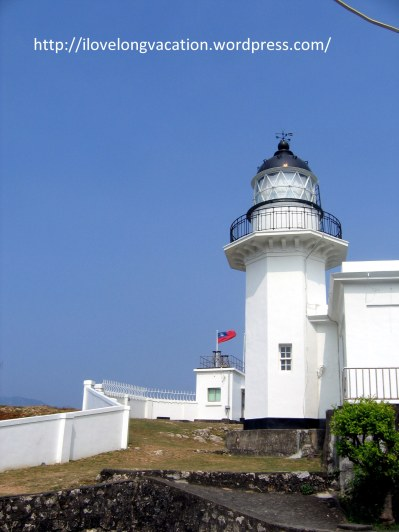 Immersing in the whites and blues of Cihou Lighthouse.