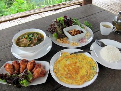 Food Mon Cham