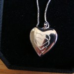 Mother's day Custom Heart Locket review, Pictures on Gold