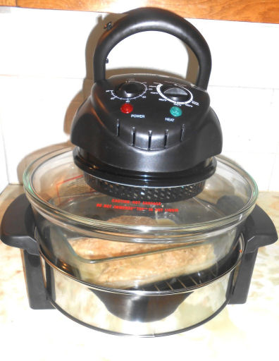 chicken nuggets and tator tots in halogen oven