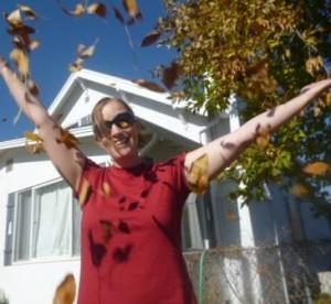 whoop tee leaves