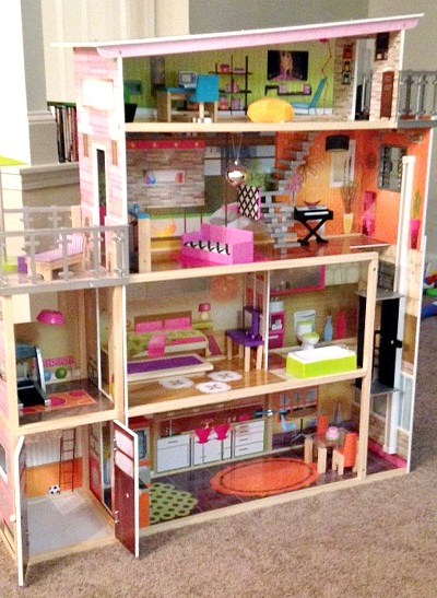 KidKraft Dollhouse: KidKraft Soho Townhouse Review