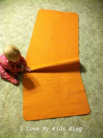DIY Indoor hopscotch mat fun to make with kids