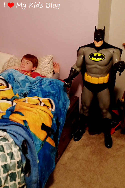 dc-universe-48inch-batman-protects-enemies-from-the-night