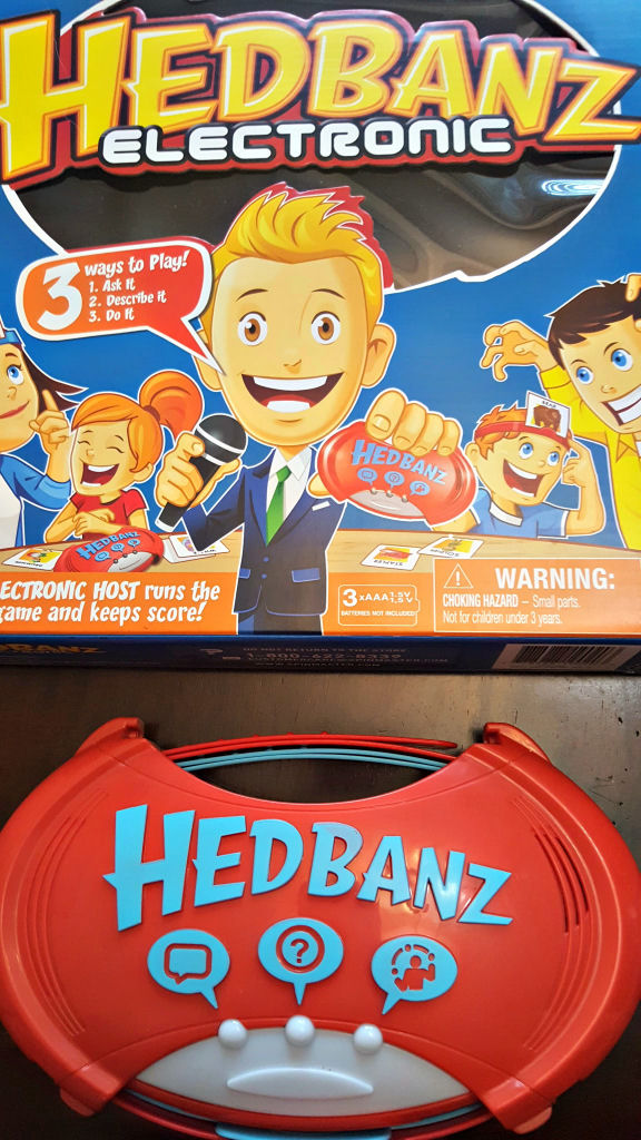 Family game night bring home the funny with hedbanz electronic solutioingenieria Choice Image