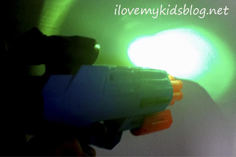 air-warriors-ultra-tek-night-tek-light-helps-shoot-targets-both-day-and-night