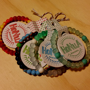 stocking-stuffer-guide-honua-bracelets