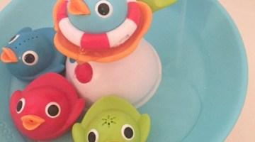 Musical Racing Ducks Make Bath Time a Lot of Fun
