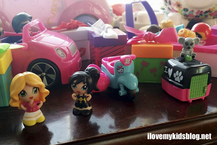 Gift'ems Series 2 toys from Jakks Pacific