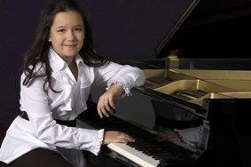 Anna Larsen Newton New Philharmonia Orchestra ILoveNewton ILOVENewton.com