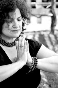 Bea Abascal Hola Yoga best yoga teacher Boston Newton Vinyasa slow flow power yoga